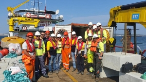 Deployment-team--at-Turkish-Oil-Refinery-with-silt-curtain-anchors