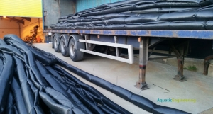 Woven Polypropylene Silt Curtain on lorry
